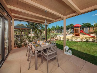 Mediterranean Garden Premium
